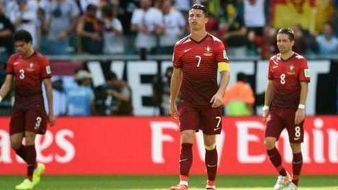 C罗欲哭无泪+咆哮裁判 葡萄牙第1?排不进前4