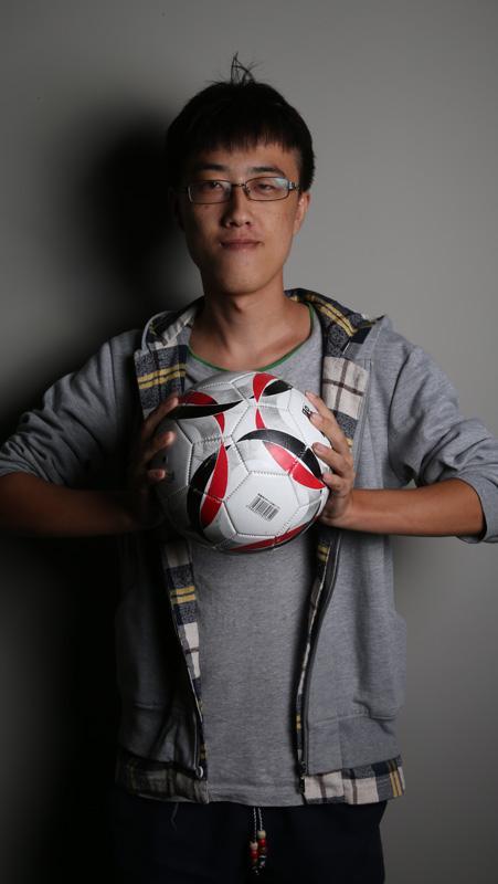 小编焦天泽:当你看球时 谁在听你吹牛逼