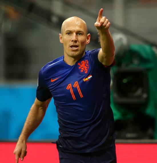 复仇!罗本千里走单骑梅开二度 荷兰5-1领先