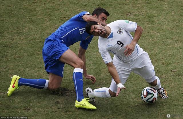 半场-意大利0-0暂平乌拉圭 苏亚雷斯险破门