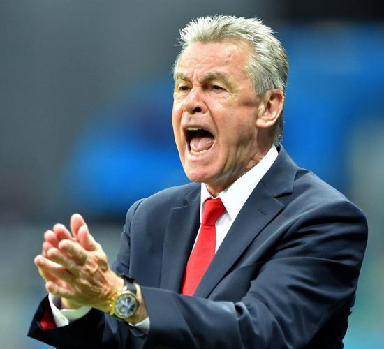 瑞士主帅:压力过大失误连连 法国是伟大球队