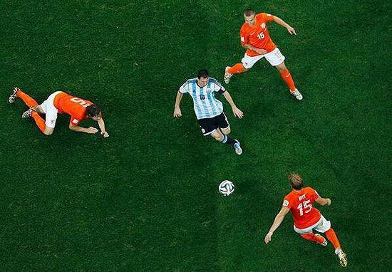 2014世界杯纪录个人篇:梅西突破王 罗本跑王