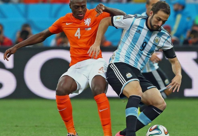 伊瓜因:胜利献所有阿根廷人 距夺冠只差1步