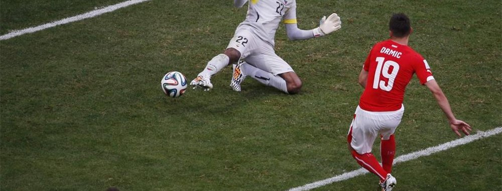 德尔米奇进球被判越位引争议