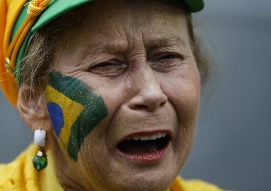 痛!痛!痛!巴西泪流成河 此刻梦想支离破碎
