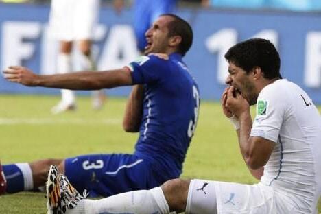 【一句话锐评】乌拉圭力挺苏神 巴神遭围攻