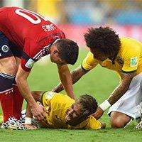 内马尔受伤倒地不起被换下场