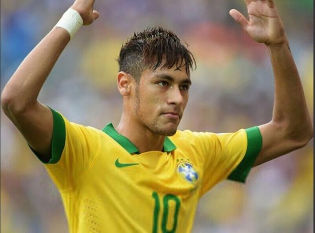 巴西铁卫:内马尔将震惊世界杯 完爆C罗梅西