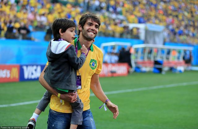 专访卡卡:心和巴西队连在一起 内马尔是天才