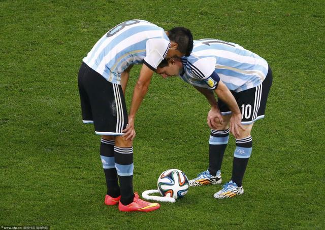 【舌战】性感足球已死 巴西比阿根廷更有种!