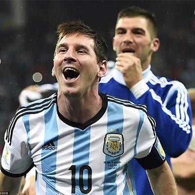 阿根廷点球绝杀荷兰 梅球王振臂狂喜
