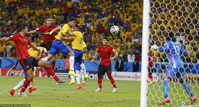 世界杯-巴西0-0平墨西哥 内马尔难奈无敌门神