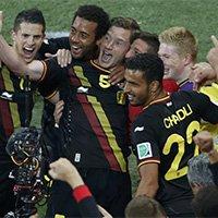 比利时球员庆祝破门