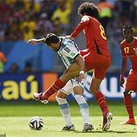 费莱尼逼抢阿根廷球员