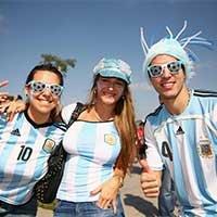 阿根廷美女球迷傲人上围抢镜