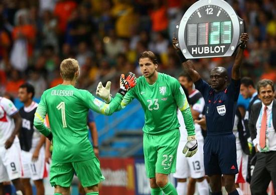 荷兰门将世界杯处子秀封神 新范德萨呼之欲出
