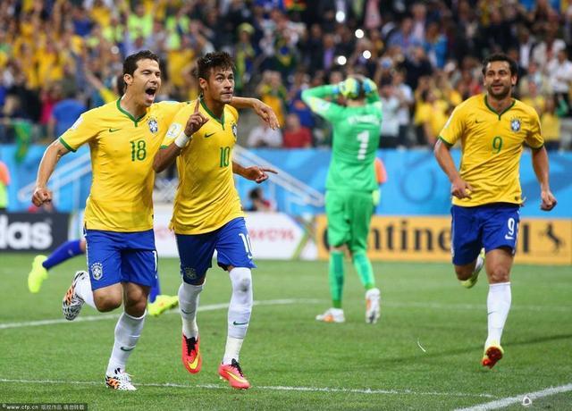 揭幕战-巴西3-1逆转克罗地亚 内马尔梅开二度