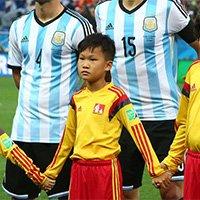 中国球童亮相世界杯半决赛