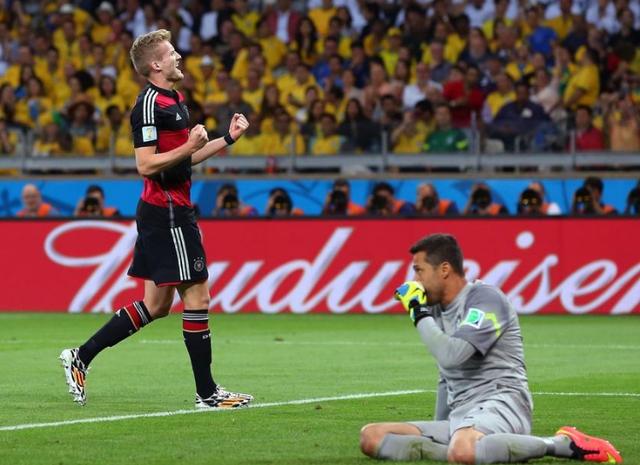 巴西门将:感谢球迷支持 想回家求安慰求拥抱