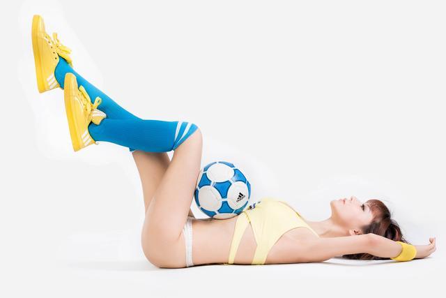 世界杯6月26日美女看彩:瑞士本场力拼大胜