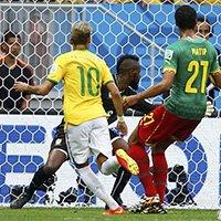 巴西内马尔门前推射破门打破僵局