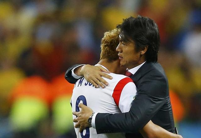 洪明甫:对球队失败负全责 世界杯门槛太高