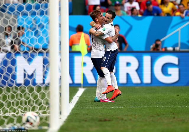 法国2-0尼日利亚 全场进球精彩瞬间(组图)