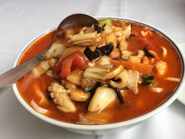 巴西厨师掌勺中韩料理 韩国足协官员常来解馋