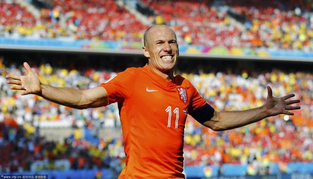 罗本力助荷兰小组头名 被赞32队中最突出球员