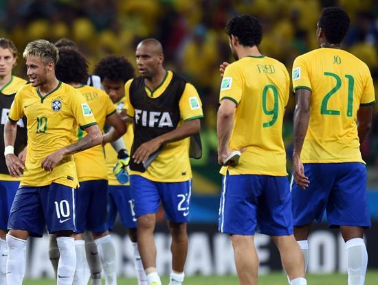 巴西罕见0-0丢神奇全胜纪录 3R+四重奏今安在