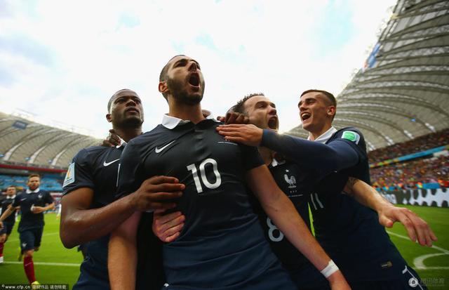 世界杯-法国3-0洪都拉斯 本泽马进2球+造乌龙