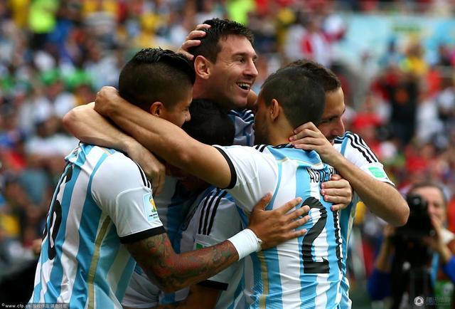 阿根廷三连胜强势晋级 小组赛12年10战不败