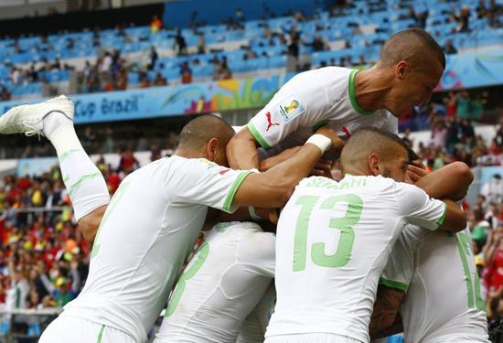 阿尔及利亚历史性胜利:32年首胜 首次进4球