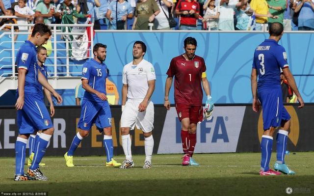 世界杯-乌拉圭1-0力压意大利晋级 苏神再咬人