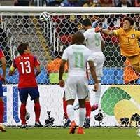 阿尔及利亚开出角球 哈利切头球破门