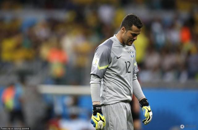 巴西门将永钉耻辱柱 不忍直视!足坛最惨传奇