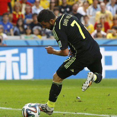 西班牙3-0澳大利亚 比利亚托雷斯破门