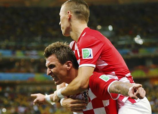 12分钟独进2球+造红牌 克罗地亚锋霸强势回归
