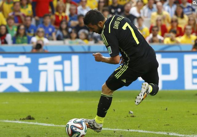 世界杯-西班牙3-0澳大利亚 比利亚托雷斯破门