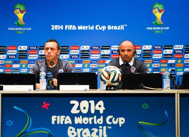 智利球员:努力获胜并送西班牙回家 创造历史