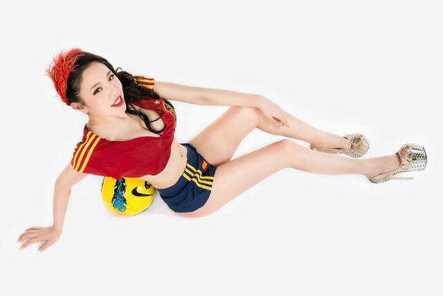 世界杯6月19日美女看彩:西班牙次轮力求一胜