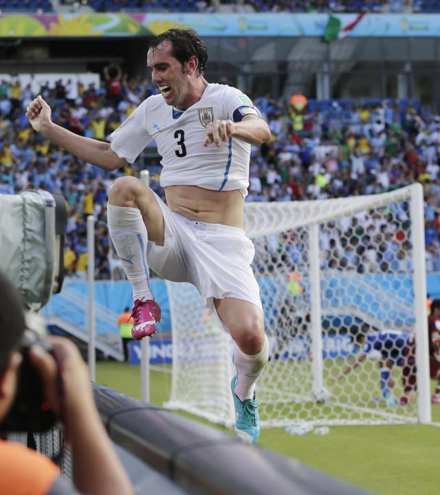 戈丁:乌拉圭继续向决赛进发 球队靠实力赢球