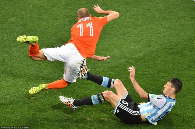 德米喜极而泣:巨大的喜悦!决赛将复仇德国