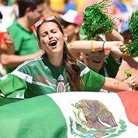 疯狂墨西哥球迷销魂表情引关注