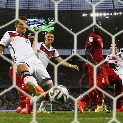 德国2-2加纳 克洛泽平大罗进球纪录