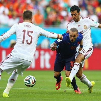 高清:西班牙VS荷兰 强强对决精彩纷呈