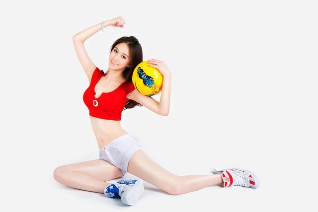 世界杯6月25日美女看彩:哥伦比亚恐会输日本