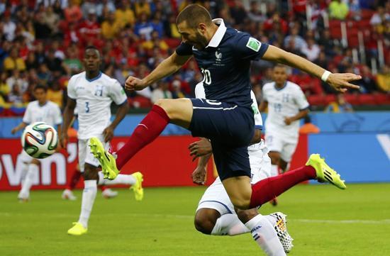 本泽马:为法国获胜自豪 不在意第二球算乌龙