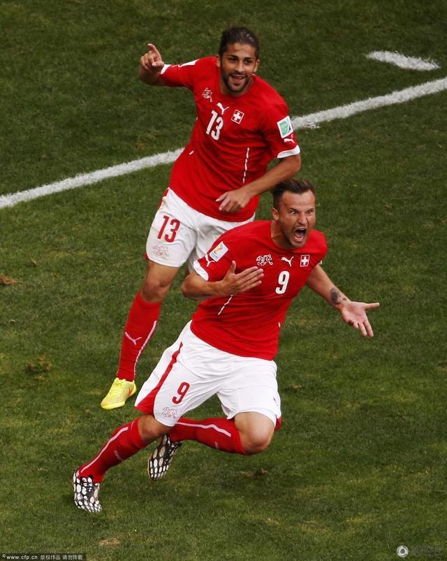 世界杯-瑞士2-1逆转胜厄瓜多尔 奇兵补时绝杀