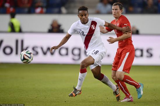 热身赛-瑞士2-0胜秘鲁 尤文拜仁悍将各建一功
